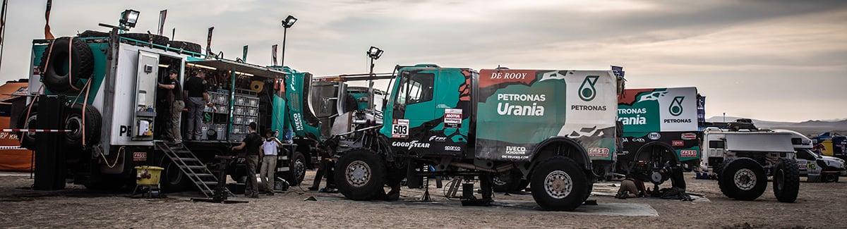 Dakar Rally 2019 Etappe 8 Team de Rooy in bivak