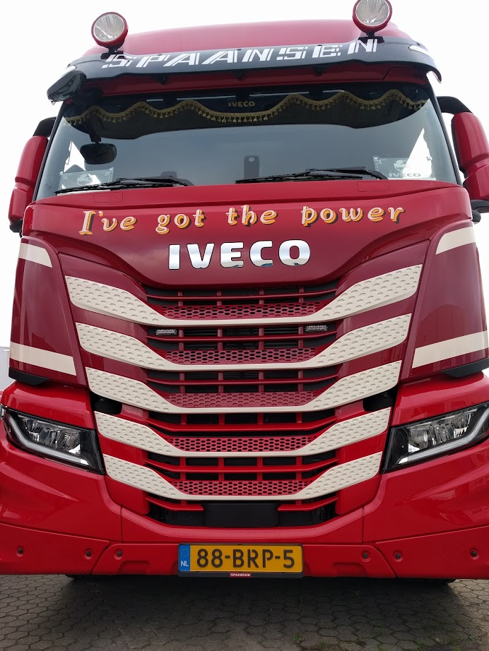 Spaansen IVECO S-WAY Ive got the power