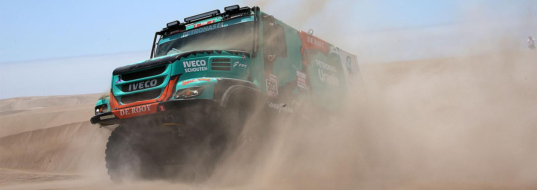 Dakar Rally 2019:Winst voor Gerard de Rooy in 'ontzettend zware special'